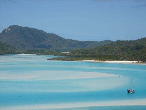 whitesunday island in morning