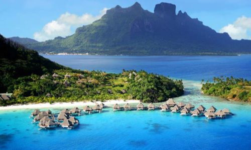 Bora Bora morning scenery