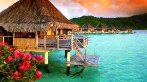 Bora Bora romantic sunset