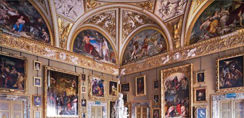 inside the Galleria Degli Uffizi