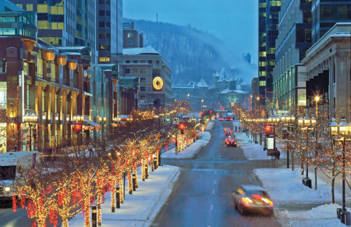 snow falling at montreal canada