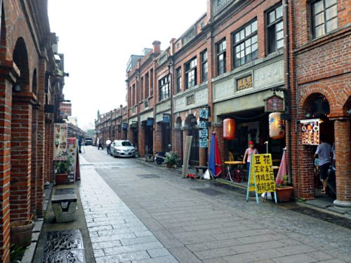 the-old-street-of-taipei