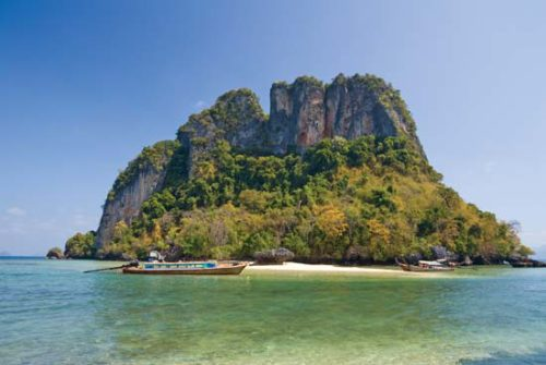 things to do at Andaman Sea