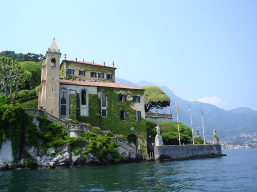 villa-at-lake-como