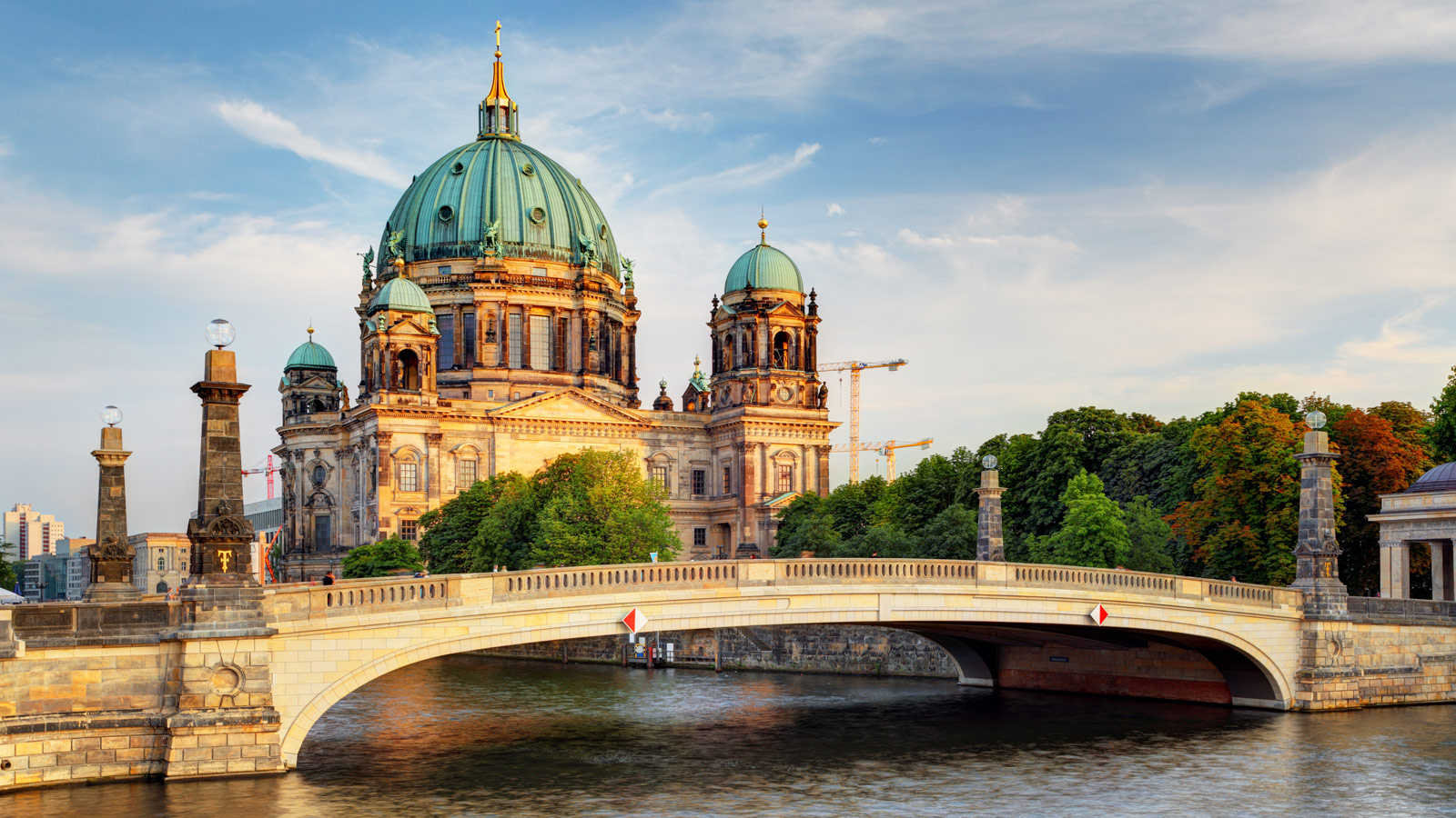 Things to do in berlin germany gets ready for Top 10 design hotels berlin