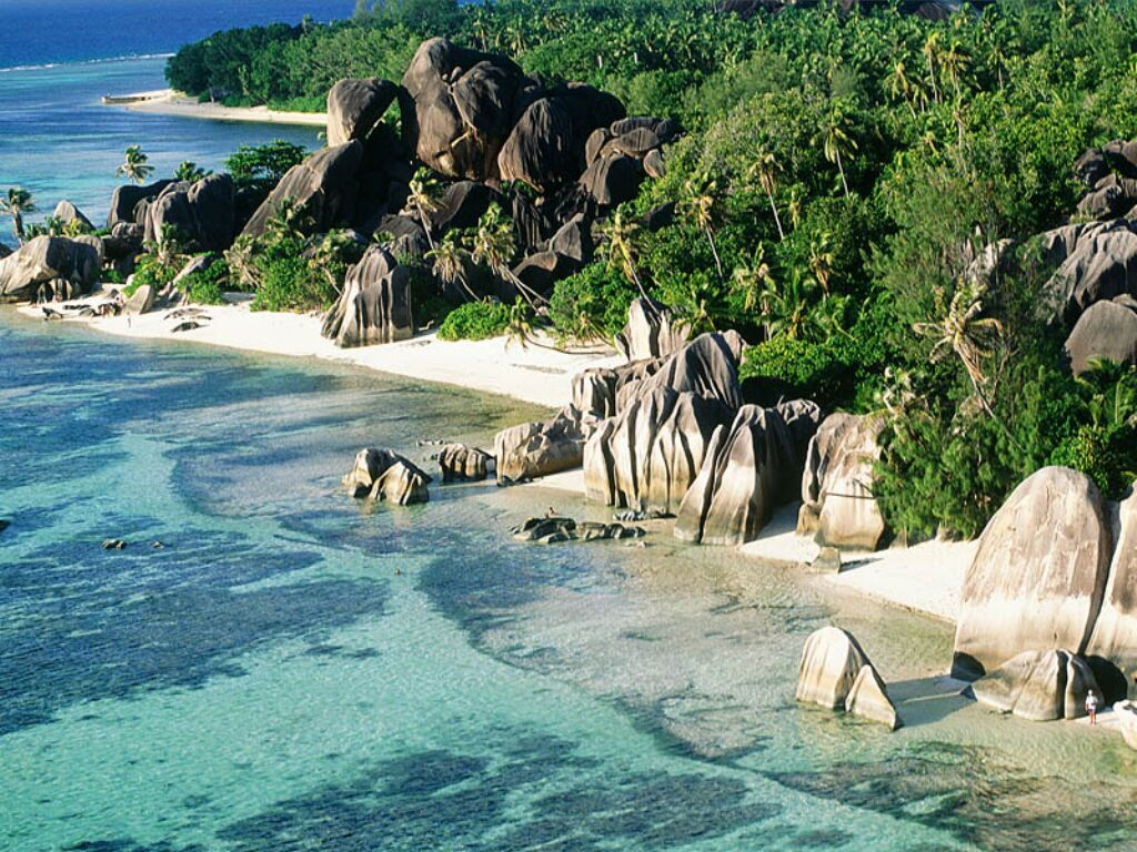 Anse source d argent the dream place to visit gets ready for Garage de la digue