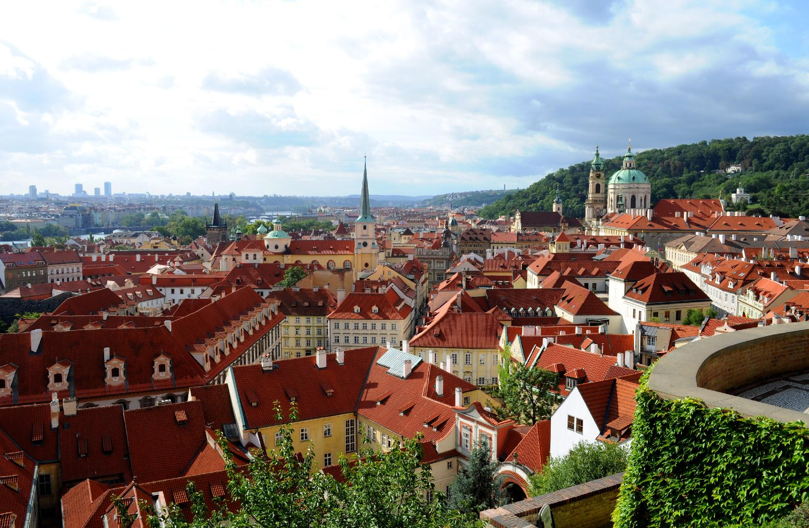 Prague city most popular destination with attractive night for Best old pictures