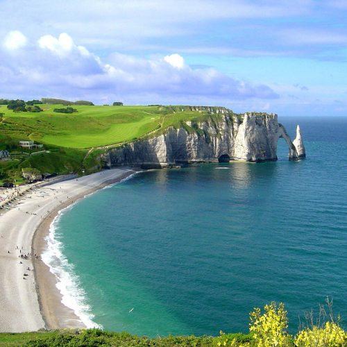 Etretat cliffs scenery