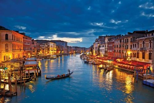 Grand canal italy night view
